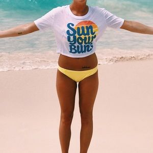 Sun your buns crop top